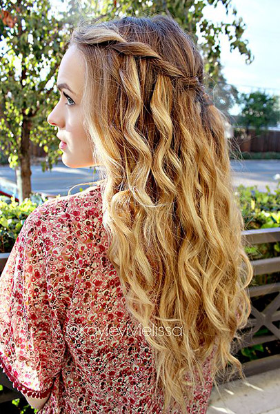 01-tfs-7-easy-boho-hairstyles