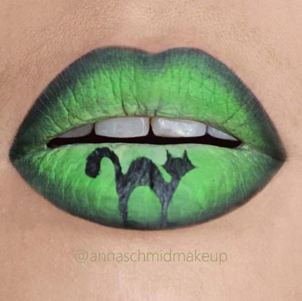 annaschmidmakeup-green-ombre-cat-halloween-lip-art