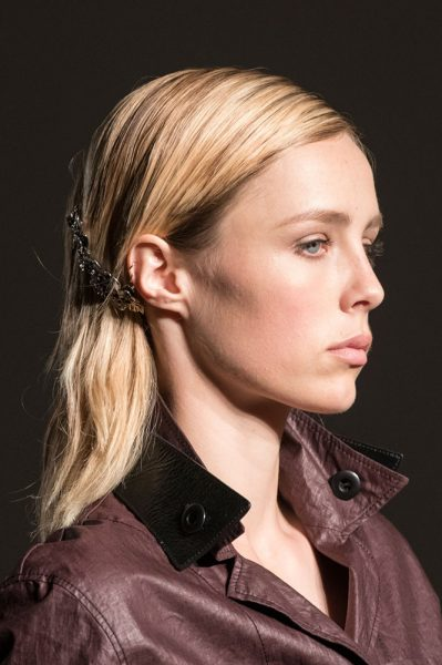 bottega-veneta-spring-2017-barrette-behind-the-ear