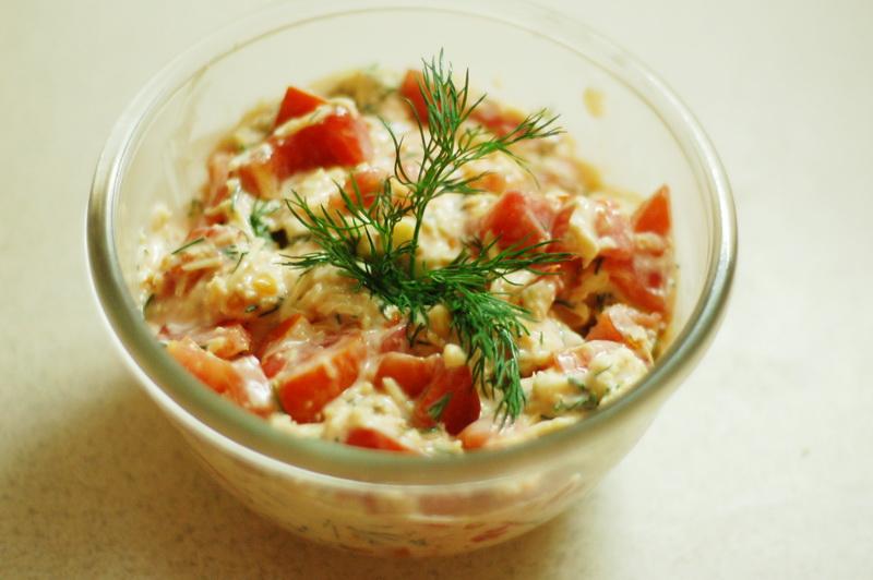 Салат из ветчины и сыра и помидор рецепт с пошагово