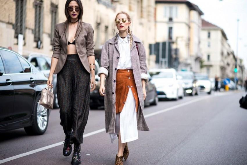 15-beige-blazer-bra-baggy-pants-street-style
