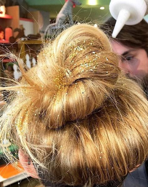 15-southernarrond-glitter-hair-updo