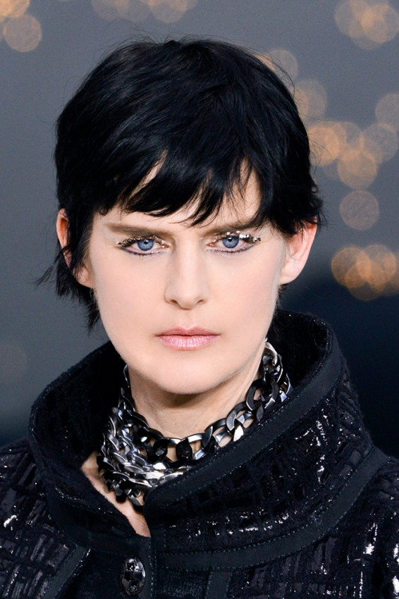 19-chanel-fall-2013-glitter-eye-makeup