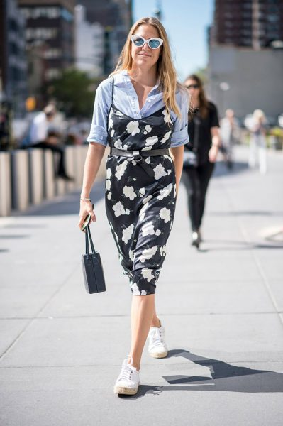 21-striped-blouse-printed-floral-dress-street-style