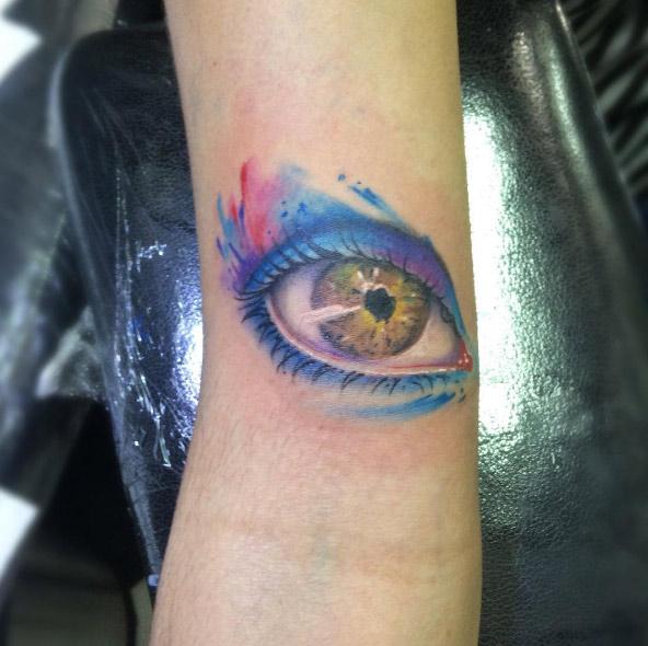 carlosfarinha13-eye-watercolor-tattoo