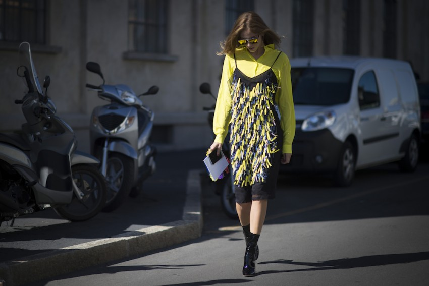 how-to-wear-summer-dresses-in-the-fall-10