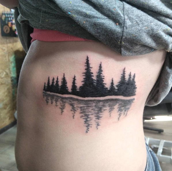 05-3designlab-tree-line-rib-cage-tattoo