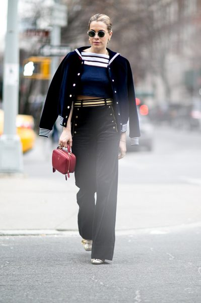 08-striped-crop-top-jacket-coordinating-pants-street-style