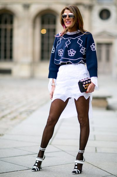 10-blue-crop-top-white-skirt-tights-street-style