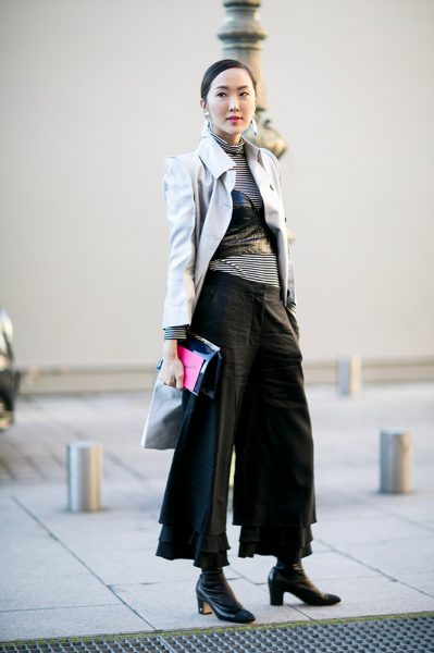 13-black-crop-top-turtleneck-trousers-street-style