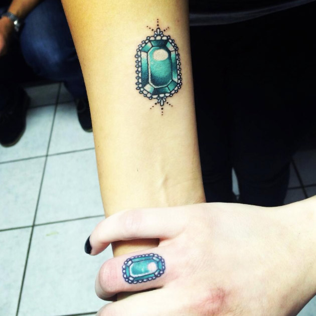 clever-matching-tattoos-05