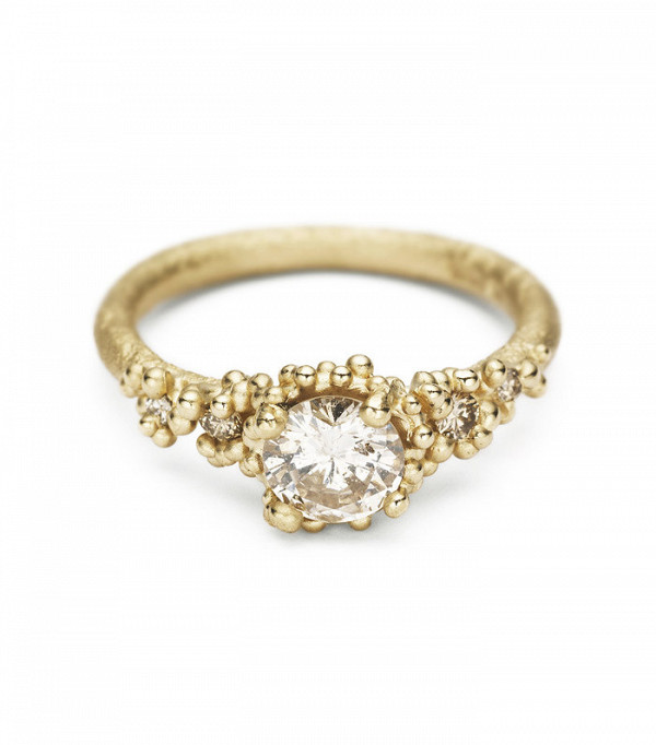 16-incredible-engagement-rings-for-every-budget-1933500-1476189303-600x0c