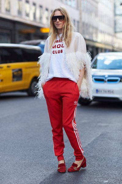 02-white-sheer-feather-cape-t-shirt-red-pants-street-style
