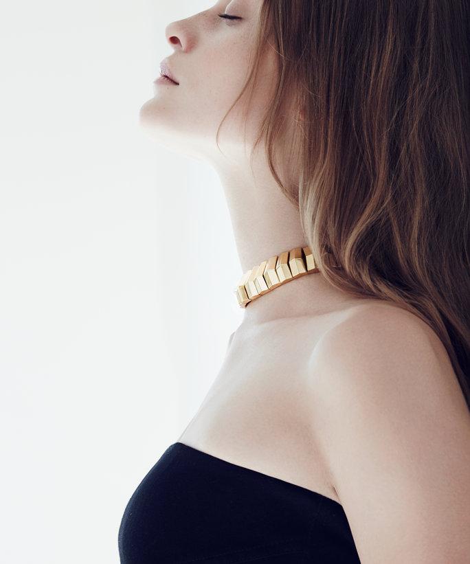 092616-choker-necklaces-lead