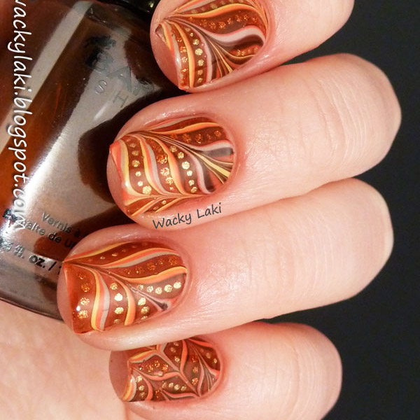 11-thefashionspot-logo-fall-nails