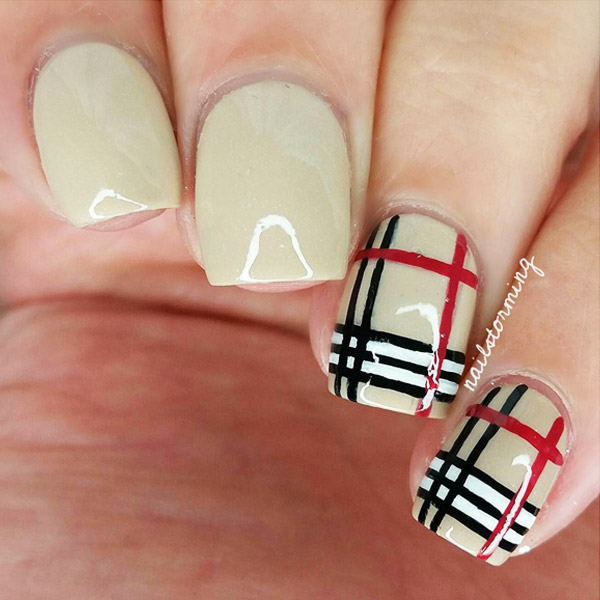 12-thefashionspot-logo-fall-nails