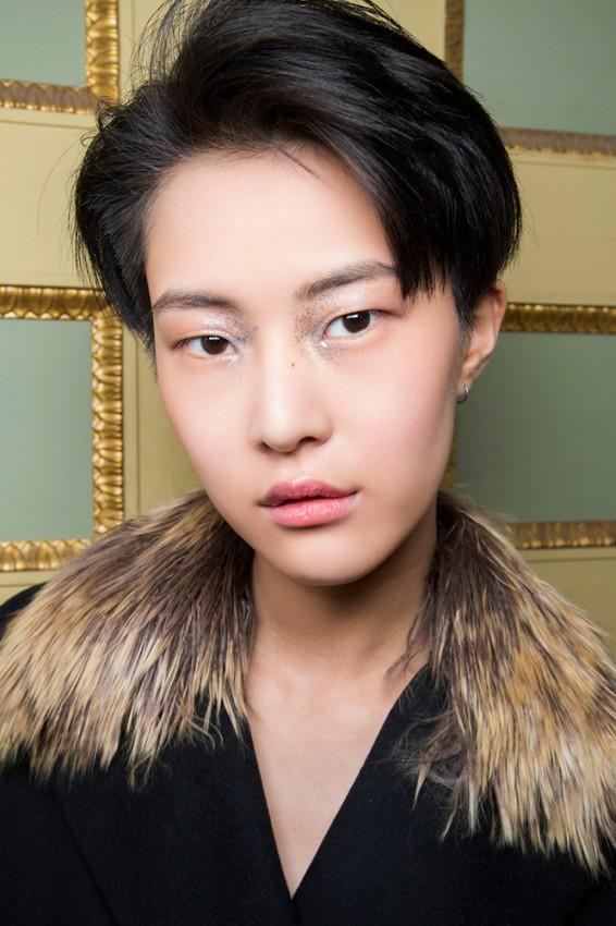 23-christano-burani-fall-2016-glitter-eye-makeup